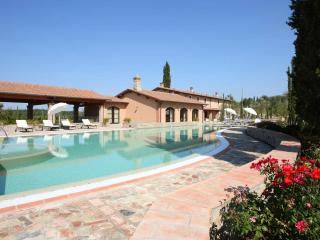 Beautiful Tuscan Villa on a Large Estate - Villa Betta, Montaione