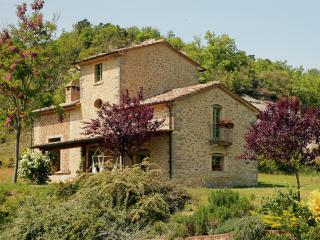Two Villas on Large Estate Near Montone - Tenuta Regina - Nina and Silvia