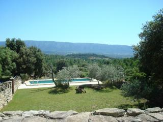 Small Provence Villa Near Gordes for Couples - Villa Colette