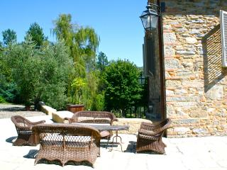 Historic Chianti Villa with Pool and Tennis Court - Villa Talia, Carmignano