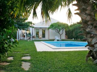 Sicily Villa Rental with Private Pool Close to Beach  - Villa Plaja Grande, Marina di Ragusa