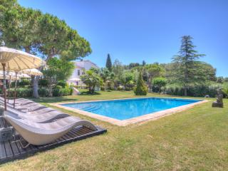 Luxury Villa in Spain Near Beaches and Barcelona - Masia Garraf