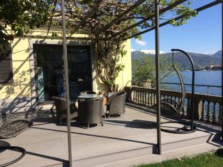 Family-Friendly Villa on Lake Maggiore with Panoramic Views - Villa Ebe, Stresa
