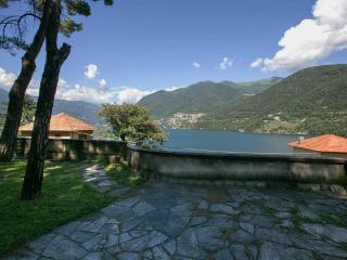 Lake Como Villa for a Group - Villa Ede, Laglio
