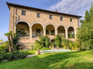 Historic Villa Near Lucca with Private Pool and Magnificent Views  - Villa Guinigi - 12, Mastiano