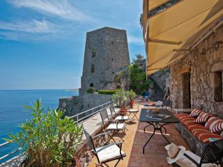 Historic Beachfront Villa with Gorgeous Views Near Positano   - Torre Mare