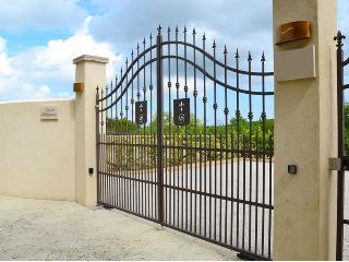 Villa with Private Pool and Views Near San Gimignano - Villa Daria