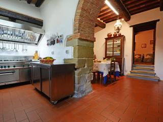 Villa with Pool and 2 Guesthouses for a Group in Eastern Tuscany - Girasole - 20, Anghiari