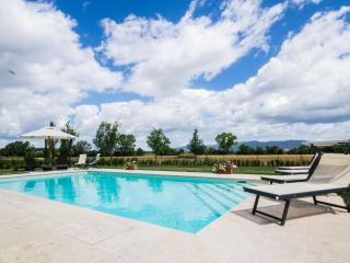 Tuscan Villa with Private Pool Near Cortona - Villa Dalida, Arezzo