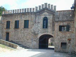 Charming and Historic Castle Apartment in the Veneto Region  - Castello Ricco, Monselice