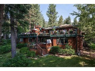 Great rates for beautiful Tahoe family home, Incline Village
