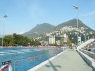 Lido Lugano é incrível, taxa de entrada pequeno. Acesso ao lago.