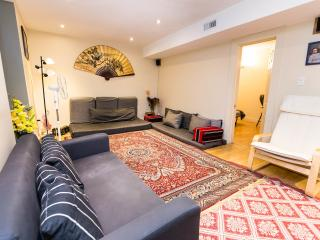 Cosy, clean & comfy basement apartment