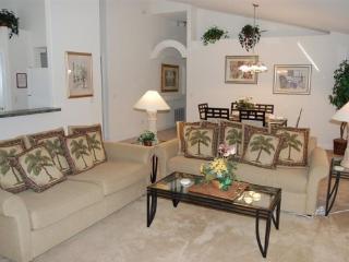 3 Bedroom 3 Bath Villa with South Facing Pool. 101OBC, Orlando