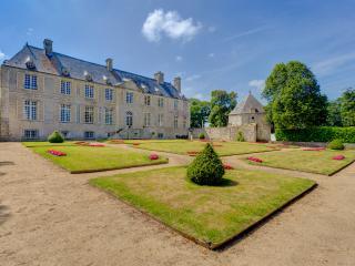 Château De Cource, Fontenay-sur-Mer