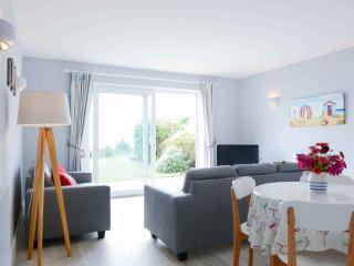 Ground floor apt, garden, direct access to beach, Pevensey
