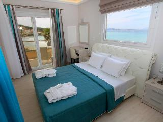 PARALIA LUXURY SUITE 60m2, Sleeps up to 5