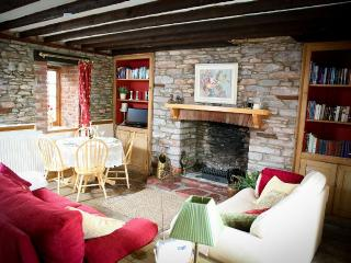 Cottage in rural setting  1 mile from Brixham