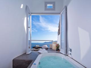 White Pearl Secret Escape Villa, Oia