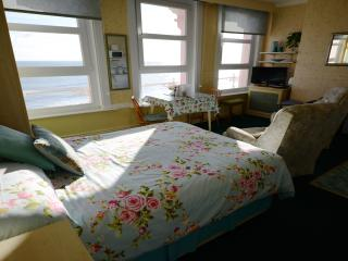 The Blenheim -' BAYWATCH'  2nd Floor seaviews;, Dawlish