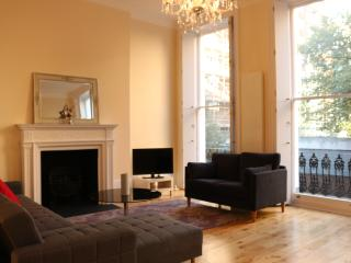 Central Modern 1 Bedroom Apartment in Marble Arch