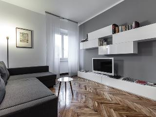 MILANO SAN LORENZO APARTMENT, Few steps from Duomo, up to 6 guests