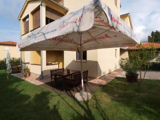Apartment 1726, Stinjan
