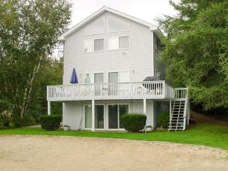 Waterfront | Central Air | Gas Grill | Wifi, Moultonborough