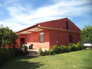 Villa immersa in 6000mq di agrumeto e 180mq prato, Floridia