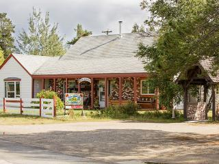 Rose Cottage Bed and Breakfast, Valemount