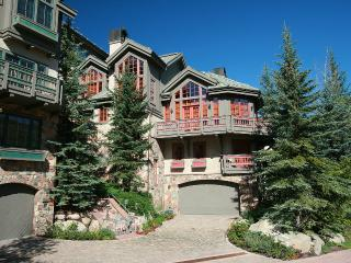 Pinehusrt Townhomes Beaver Creek Luxury