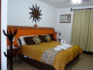 SUITES FENICIA  R2, Playa del Carmen