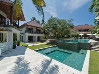 Villa Manis - an elite haven, Canggu