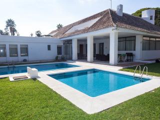 Five -Bedroom Villa - Villa Marina 15, Marbella