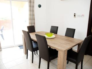 Dining Area - Will accommodate 6 persons comfortably.