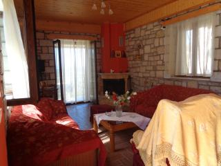 Menina Farm (One bedroom apartment), Calamata