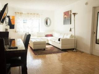 MARVELOUS 2B 2BA SUITE,GYM,PARKING,NYC TRAIN-HPK, Jersey City