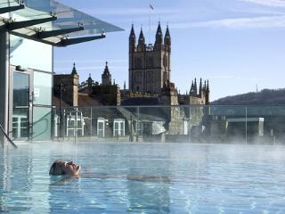 Thermal Spa - less than a 5 minute walk