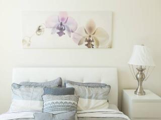 Beautiful Unit Luxury amenities-5 mins to New York, Jersey City