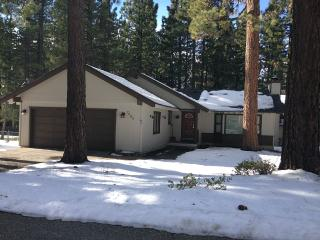Black Bear Chalet -  Reserve Your Winter Vacation!, South Lake Tahoe