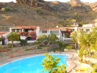 Self catering 4 bed house, La Playa de Tauro