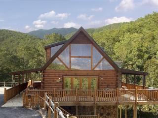 HEAVENLY BEAR, Pigeon Forge