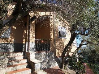Villa Sara, Finale Ligure