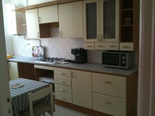 APPARTEMENT NEAR CARREFOUR AREA, Tunis