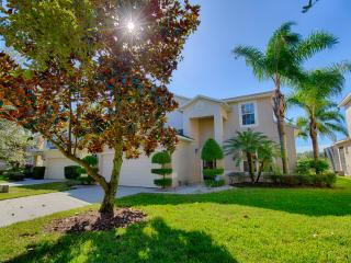 Spacious 7 Bedroom 6 1/2 Bath Villa, Kissimmee