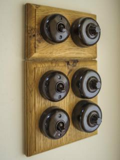 Bakelite switches throughout help create a property with period charm. Dim-able mood lighting.