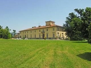 Villa Senni 2, Scarperia e San Piero