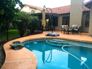 Modern Home near Downtown Chandler + pool & citrus
