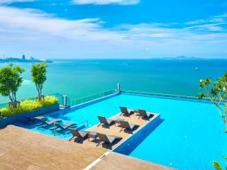 W TOWER,luxury beachfront 2 bedrooms, Pattaya