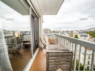 Fully refreshed Flat with great view on Montmartre